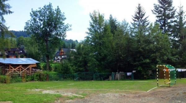 Otoczenie kompleksu wypoczynkowego w Tatrach